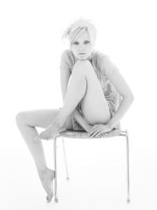 black and white high-key studio portrait of Carolin for German Maxi magazine